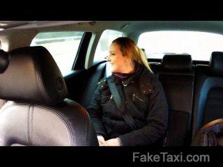 المهنية بالاحباط في المقعد الخلفي الجنس الشرجي