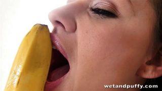 دافني الأذواق مثل الموز