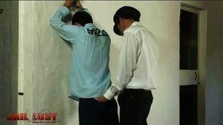 مغامرات السجن لاتيني الشباب رائعتين
