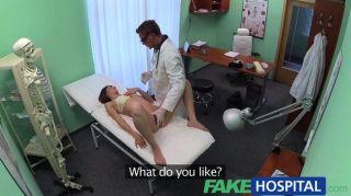 طبيب fakehospital يعمل مهاراته