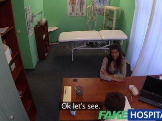fakehospital امرأة سمراء مذهلة يحتاج الطبيب