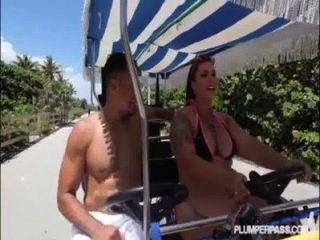 يحصل عازمة متعرج كبير culo كوبانا ديانا نيكول على ن مارس الجنس