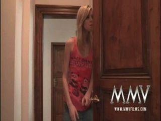 mmvfilms الرجل العجوز مص نائب الرئيس للخروج من سن المراهقة بوسها