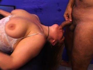 الحمار كبيرة تحصل مارس الجنس وقحة ناضجة من الصعب حقا