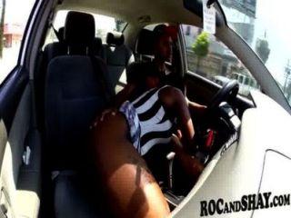 الجنس في سيارة !!