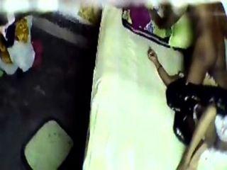 الهندي عمتي الساخن الغش فندق الجنس كاميرا خفية