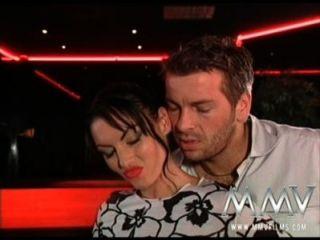 MMV الأفلام لورا الملاك يحب أن يمارس الجنس في النادي