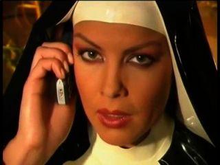 راهبة المطاط