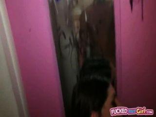 ثمل مثير للهواة صديقة الجليلة أميس حتى في المرحاض