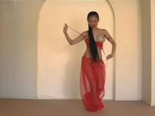 جميلة راقصة التايلاندية