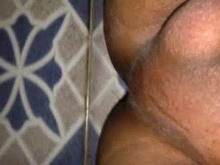 الخمير musterbating طالب في غرفة النوم