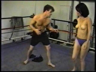 arenagirlsold الجنس المصارعة النواة الصلبة