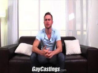 gaycastings مسمار تكساس شعر مارس الجنس لأول مرة على كام