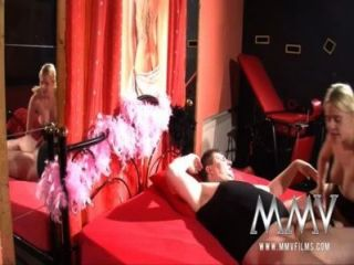 الأفلام MMV الجنس الألمانية في النادي الجنس