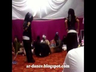 رقص عربي مثير