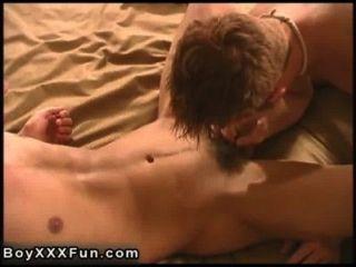 حار كونور الجنس مثلي الجنس حفر سام مع دسار ضخمة الحقيقي!