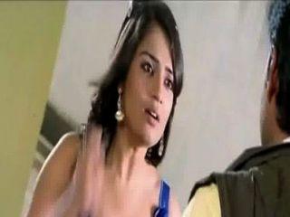 الكانادا الممثلة nikitha انشقاق الساخن في ثوب أزرق