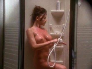 كريستا ألين وبول مايكل روبنسون مشهد الجنس من إيمانويل 4