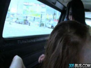 2 الاطفال في سن المراهقة شلوي تايلور والبرية كيمبرلي مارس الجنس خارج street.3