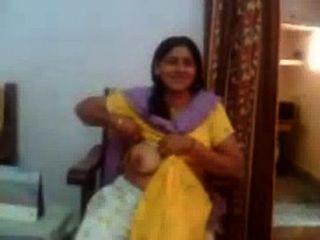 الهندي الجنس فيديو لعمتي الهندي تبين لها كبير الثدي rawasex.com