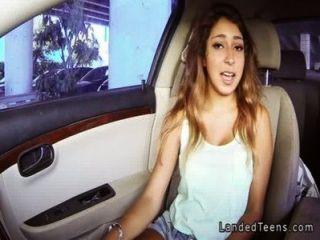 مفلس في سن المراهقة اللسان المكسيكي في بوف سيارة
