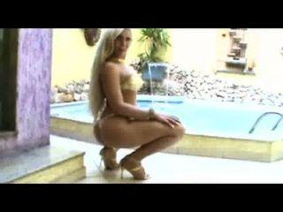 أماندا السري 01 والثور؛www.transexluxury.com