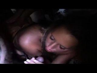 الألمانية كريامبي تحول جنسى إلى قرنية فتاة
