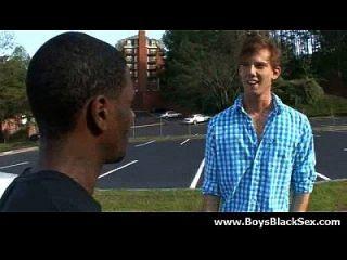 مثير أسود مثلي الجنس الأولاد اللعنة الأبيض الشباب الرجال المتشددين 15