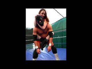 المصارعة النسائية والمصارعة مختلطة حجم 5