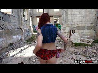 أحمر الشعر الروك كتكوت أسفوكد في غيتو شينا روز 2