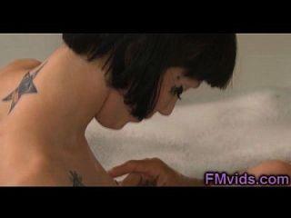 حار الآسيوية فتاة حوض الاستحمام سخيف