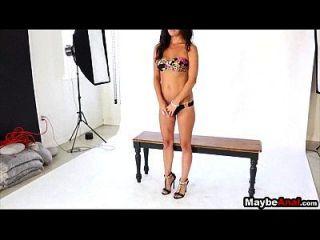 glamour نموذج امرأة سمراء يحصل مارس الجنس في الحمار ديكسي بروكس 2 1