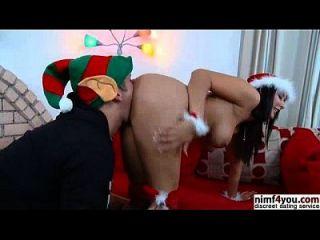 سانتا فتاة يحصل دسم