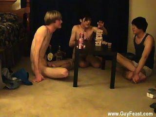 الفيديو مثلي الجنس هذا هو نفض الغبار طويلة بالنسبة لك أنواع المتلصص الذين يحبون
