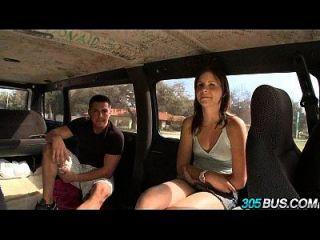 في سن المراهقة فتاة جيزيل ريدر الملاعين في ل حافلة 21