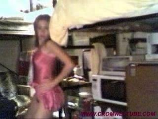 فتاة جامعية يرسل أشرطة الفيديو الخاصة إلى فرنك بلجيكي ليبي 2 www.cromweltube.com