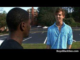 حار أسود مثير الرجال اللعنة مثلي الجنس الأبيض في سن المراهقة الأولاد 15