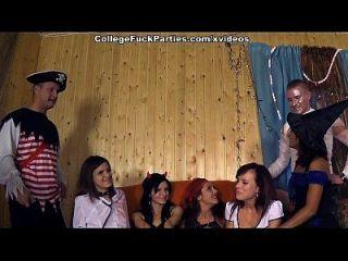 الرعب موضوع الطرف مع مطيع كلية الفتيات المشهد 1