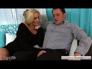 زوجة الساخنة فينيكس ماري يحصل الوردي توات مارس الجنس