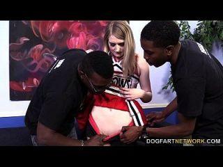 الصيف كارتر يحصل مارس الجنس من قبل ثلاثة أسود الرجال