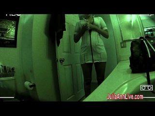 ممرضة جوليا آن فاكس لها المريض إلى ريكوفيري!