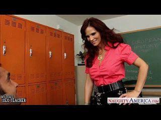 أحمر الشعر الجنس معلم سيرين دي مر سخيف في ال حجرة