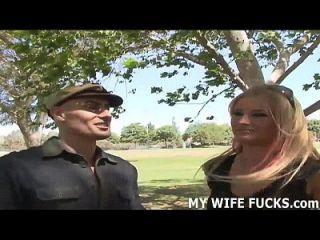 مشاهدة الخاص بك مع باربي الحصول على مارس الجنس من قبل شخص آخر