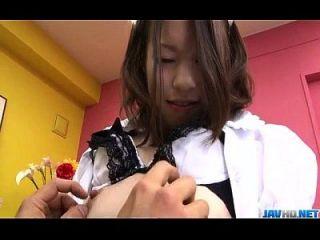 ناو كوجيما اليابانية خادمة الملاعين مع سيدها