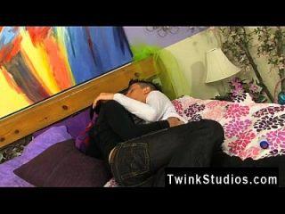 الشباب الكورية مثلي الجنس الفيديو عندما بالملل في سن المراهقة توينكس معا، هم
