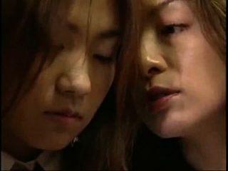 مشاهدة من (4min) اليابانية الشفاه قبلة مثليه
