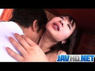 الآسيوية يووا توكونا تتمتع هونك إلى اللعنة لها بشكل جيد