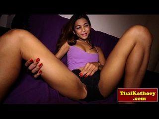 في سن المراهقة التايلاندية لاديبوي نماذج لها حار هيئة