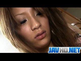 فاتنة يابانية شهوانية يحصل مشغول مع لعبة قاسية