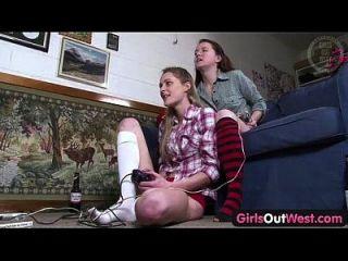 الفتيات خارج الغرب شعر و نحيف الاسترالي مثليه الكتاكيت
